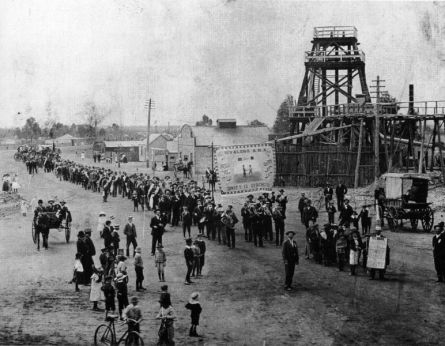 One of the first eight hour day marches in Australia, at Wyalong (from Wikipedia)