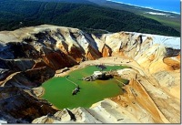 unimin-sand-mining-on-north-stradbroke-island_thumb.jpg