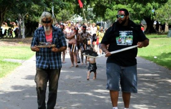 2013 sovereign tent embassy corroboree march