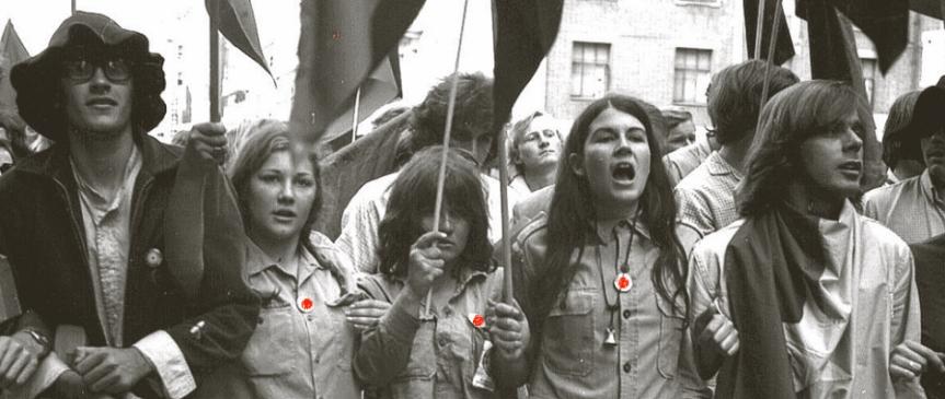 1970 Moratorium demonstration in Brisbane - part of national protests against Australia's military involvement in the Vietnam War © Fryer Library, Brisbane.