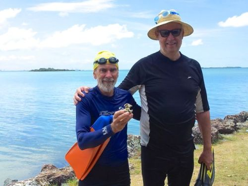 Trevor Berrill & Ian Curr swim to Yerra-bin Island