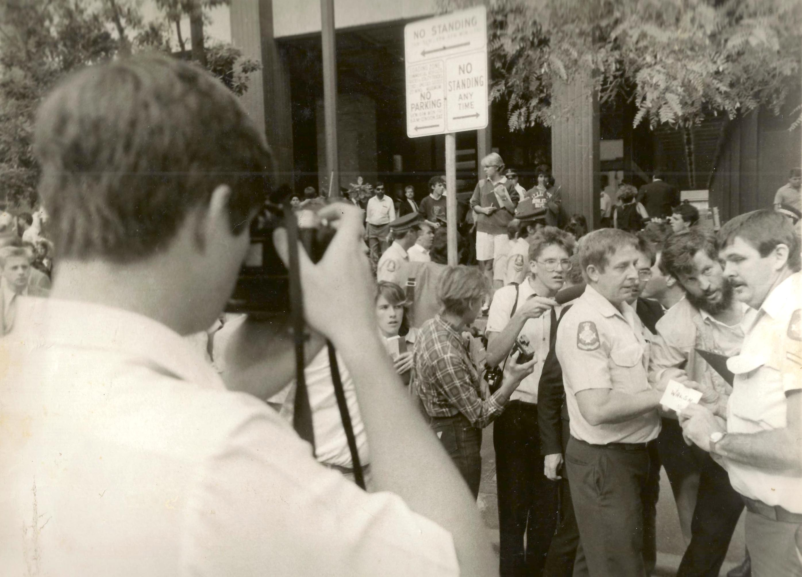 worker arrested at seqeb picket 1985