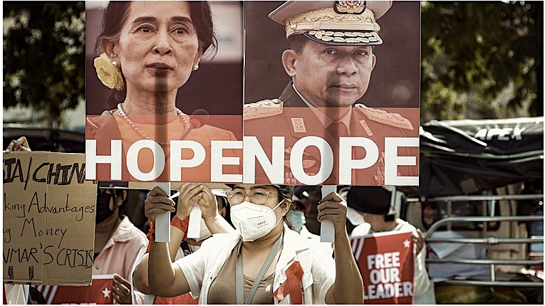 Many lives lost in MyanmarCoup
